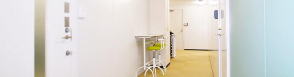 廊下など共有スペースも余裕あるレイアウト